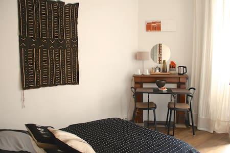 chambre d'hôtes maison années 30 - Bed & Breakfast