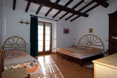 Piandelnoce stanza Clarissa - Magliano In Toscana - Bed & Breakfast