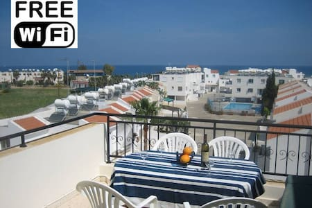 Penthouse Apartment Latchi Cyprus - Pis