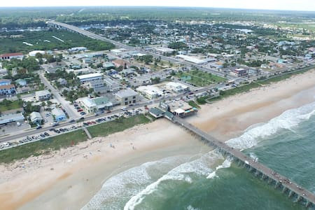 Beach home - Flagler Beach - House