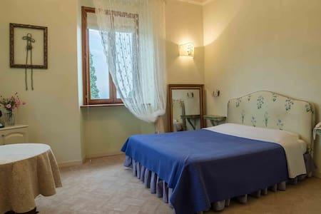 Suite Caravaggio-Villa San Martino Relais&Wellness - Huvila