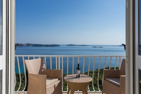 Blue Horizon-Apt.Ines with fantastic sea view - Mlini