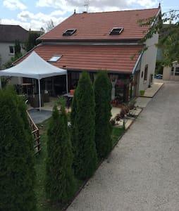 Belle maison 20 km de dijon - Marcilly-sur-Tille - Talo