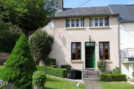 la maison de JuJu - Anost - House