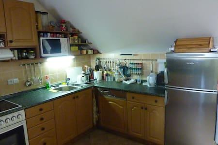 Ubytování v soukromí - byt 4kk kompletně vybavený - Bavorov