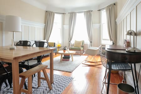 Charming Cole Valley 1BR Apartment