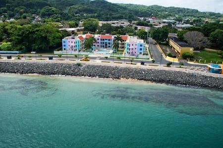 Ocean's Edge, Immerse in Puerto Rican Culture - Aguadilla Pueblo - Kondominium