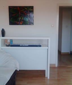 20 m2 room in Südstadt
