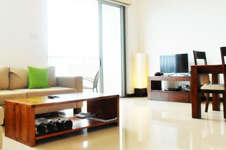 2 Bedroom Apt.  in Heart of Colombo - Apartament