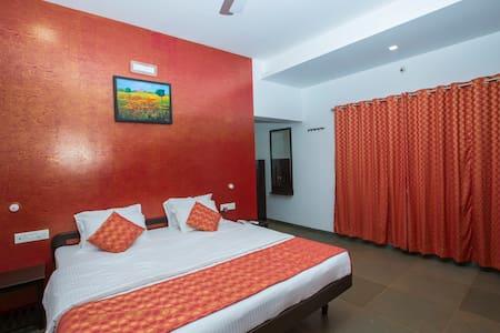 FAMILY ROOM - Ratnagiri - Bed & Breakfast