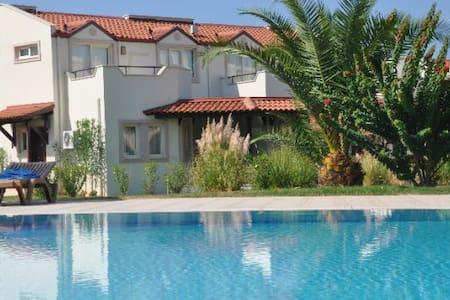 Apollonium Spa Beach 3+1 Villa 1553 - Bozbük Köyü