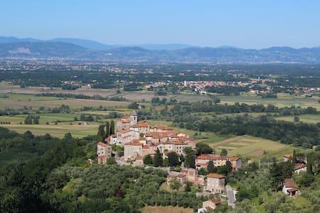 Ancient Village of Castelvecchio - House