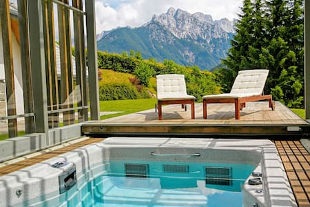 Luxury alpine villa for lesure or active holidays - House