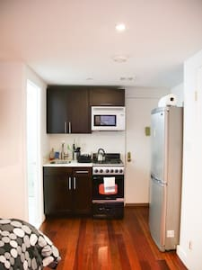 East Village - Private Studio Apt - New York - Apartment