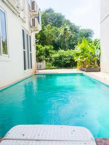 Villa Carpediem  in Anjuna Goa - Anjuna