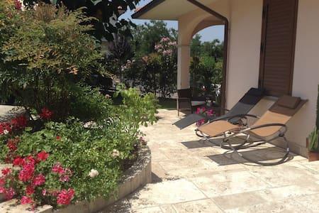 Charming flat very close to Chianti - Castelnuovo dei Sabbioni - Apartment