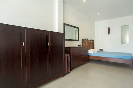 Central, District 1, full furnished