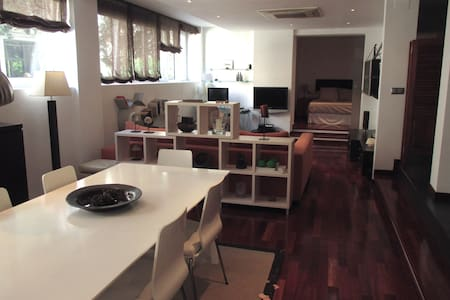 Luxury LOFT with WIFI and PARKING - Barcelona