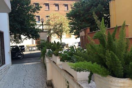 Piazza Bologna family apartments