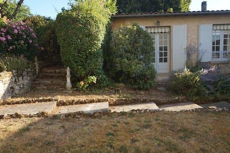 Cosy Apartment in the Dordogne - Lanquais