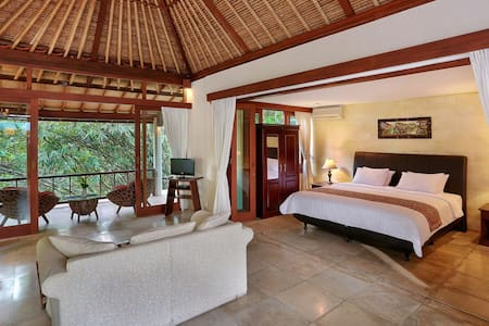 Spacious 1 bedroom private pavilion - Ubud - Villa