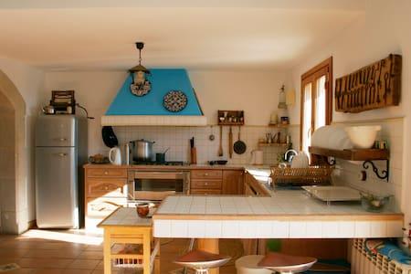 Renovated Farm House in wine region - Castellví de la Marca