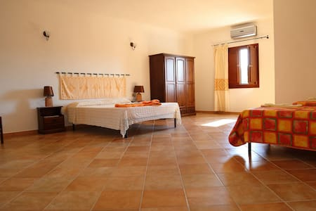 Special room in Sardinia - Bed & Breakfast