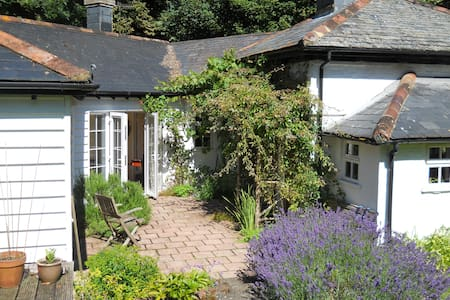 Shepherd's Cottage, rural retreat - Salisbury - Hus
