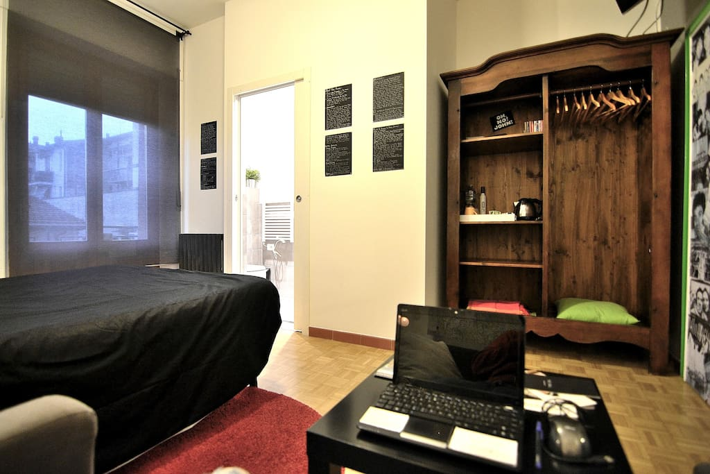 Laptop at your disposal in your Room. WiFi always working in all the spaces of the apt.