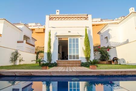 Villa with private pool & sea views - Torrox - Villa