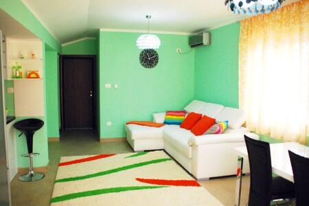 1bedr suite GREEN Vojvodanska Budva