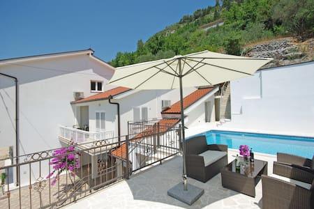 "Vacation home ""PROLOGOS"" - Croatia - Haus"
