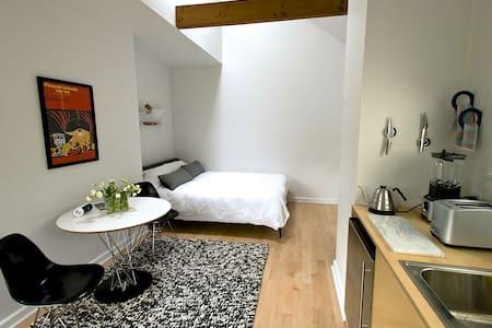 Modern Studio on NW 23rd & Lovejoy - Portland - Wohnung