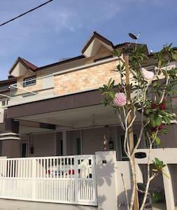 Jay's Homestay - Langkawi - House