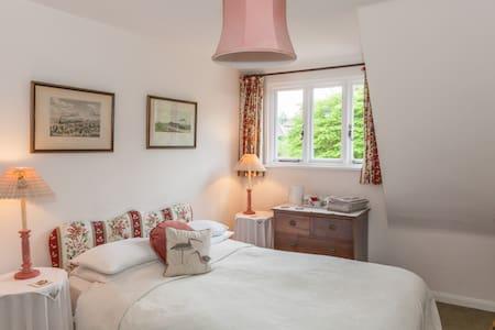 Stickland Farmhouse Dorset - Winterborne Stickland - Bed & Breakfast
