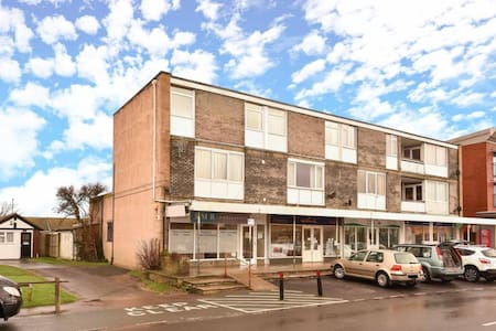 One Bedroom Apartment in Wittering - Apartment