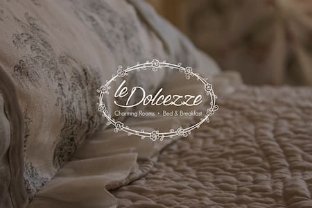 Charming room Le Dolcezze - Delizia - Bed & Breakfast