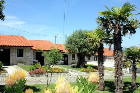 Casas em pedra inseridas em Quinta-> Casa 1-T1 - Viana do Castelo