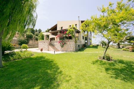 A great Villa for family & friends! - Kamiros, Rhodes - Villa