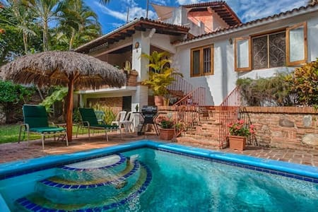 BeddaMamasita housef nearplaya+wifi - Bucerías - House