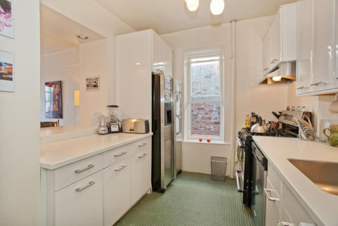 Gourmet kitchen owned by two former chefs and fully stocked with all the cooking equipment a chef needs!