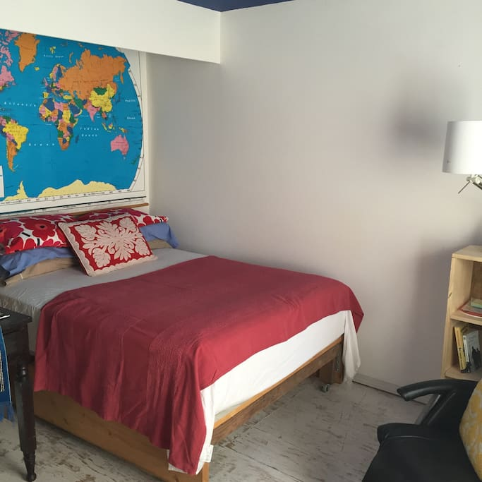 Private Room w/ FULL bed near PLU