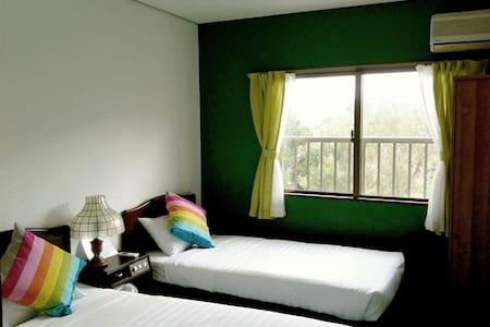 Seaside Twin room 01 - Villa