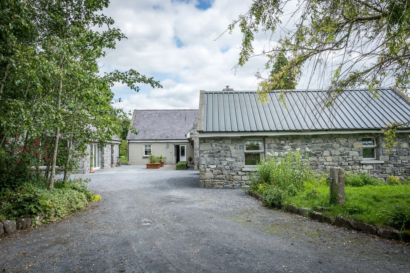 Restored Stone Stable Lodge Galway Countryside