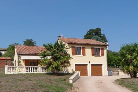 Bienvenue dans le Mâconnais!! - Villa
