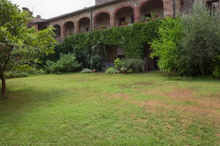 Artist home in wild natural reserve - Chiusdino, Siena - Apartment