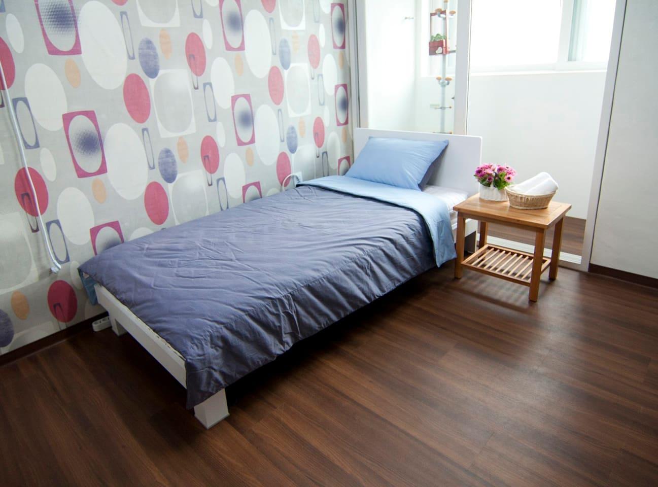Lovely Lavinia Single room ~**