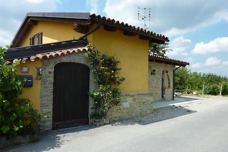Ciabòt Taricchi - House