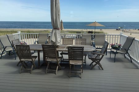 Private 3rd floor Oceanfront suite-WeekdaySpecials - Point Pleasant Beach - 獨棟