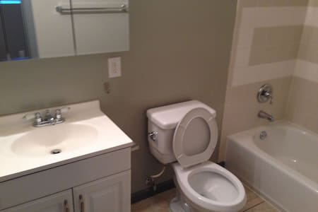 Room type: Private room Bed type: Real Bed Property type: House Accommodates: 1 Bedrooms: 1 Bathrooms: 1